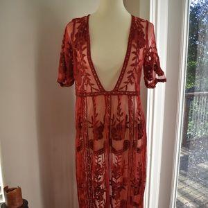 Dresses & Skirts - Stunning Boho Lace Maxi Dress